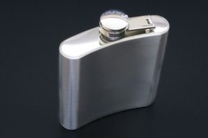 ahearne-bicycle-hip-flask-back