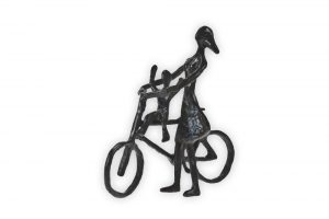mother-and-small-child-bicycle-sculpture