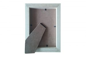 white-solid-wood-picture-frame-for-postcards