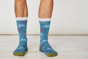 mens-bamboo-bicycle-socks-dusty-blue