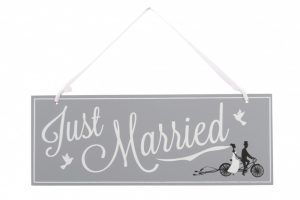 just-married-bicycle-wooden-sign