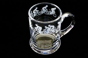 racing-cyclist-glass-pint-tankard
