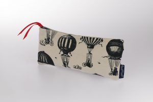 bicycle-pencil-case-chase-and-wonder
