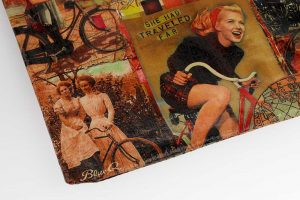 she-travelled-far-bicycle-zipper-bag